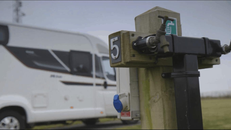 Fully Serviced Caravan Pitch - How to set up a caravan