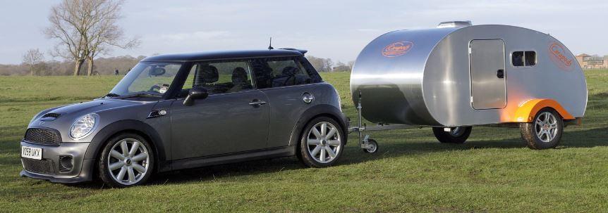 Mini Towing a Teardrop Caravan